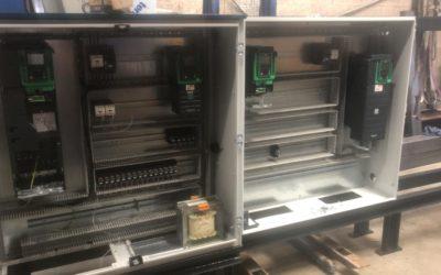 Fourniture de 3 armoires électriques