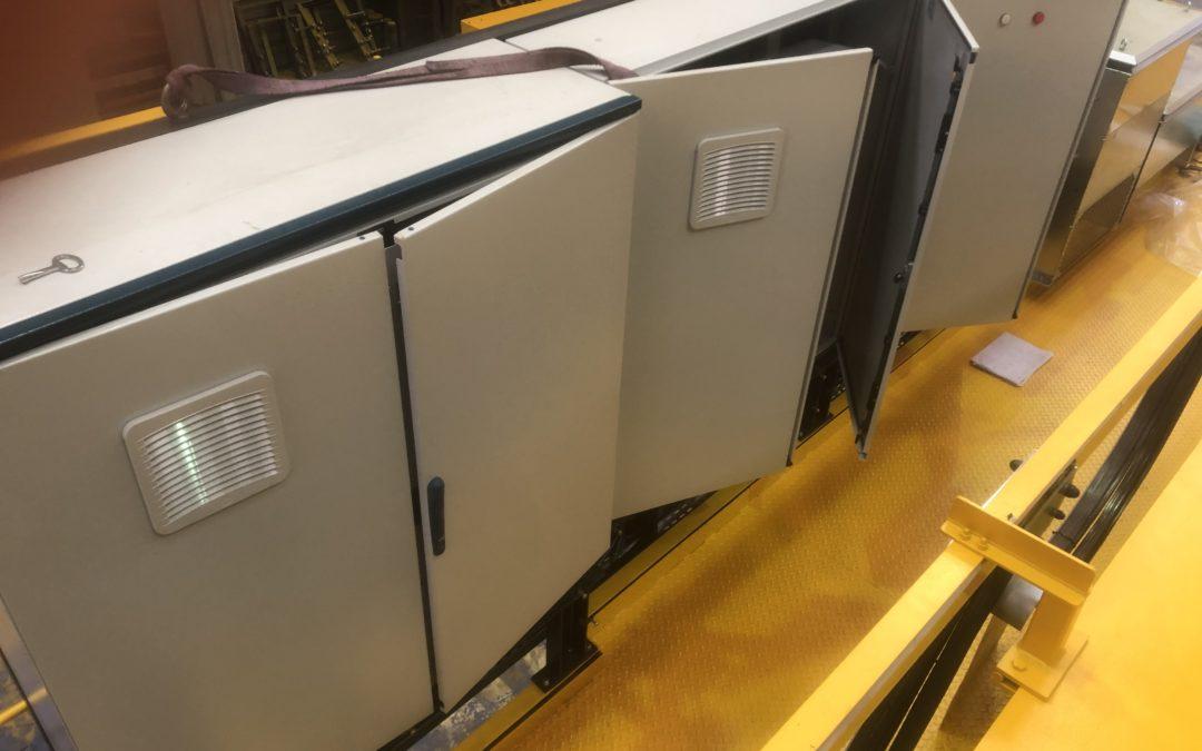 Mise en forme complète d'une armoire électrique très complexe pour pont roulant